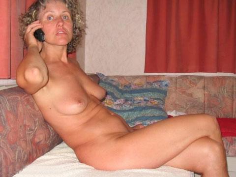 Ingrid die geile Milf beim Telefonsex